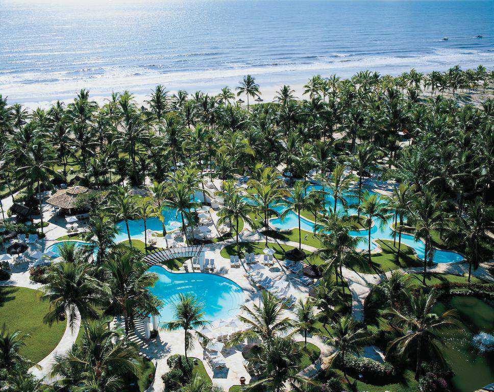 Resort All Inclusive com diversas opções de lazer.