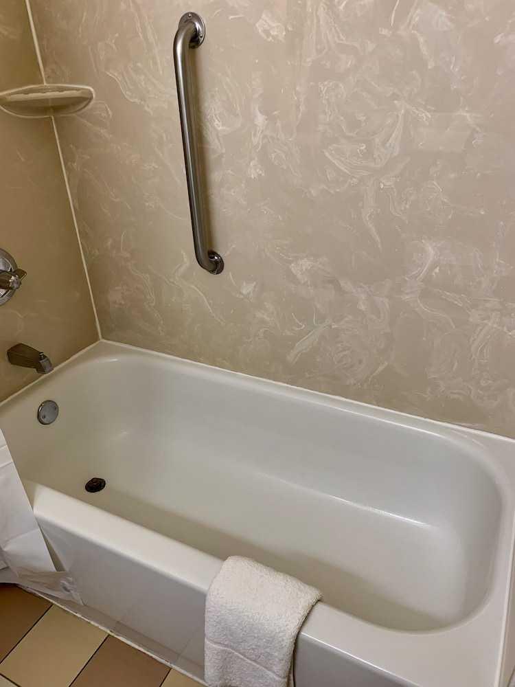 Polibã na Casa de Banho
