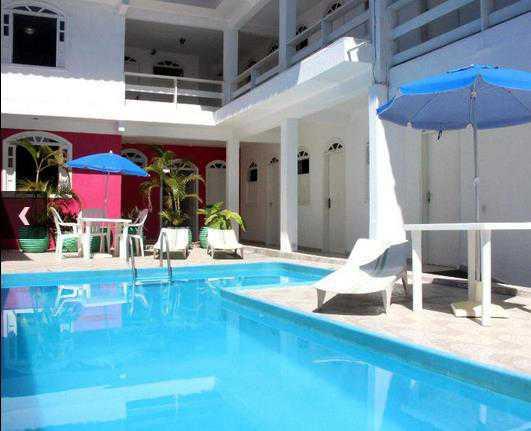 Hotel localizado no Centro de Porto Seguro.