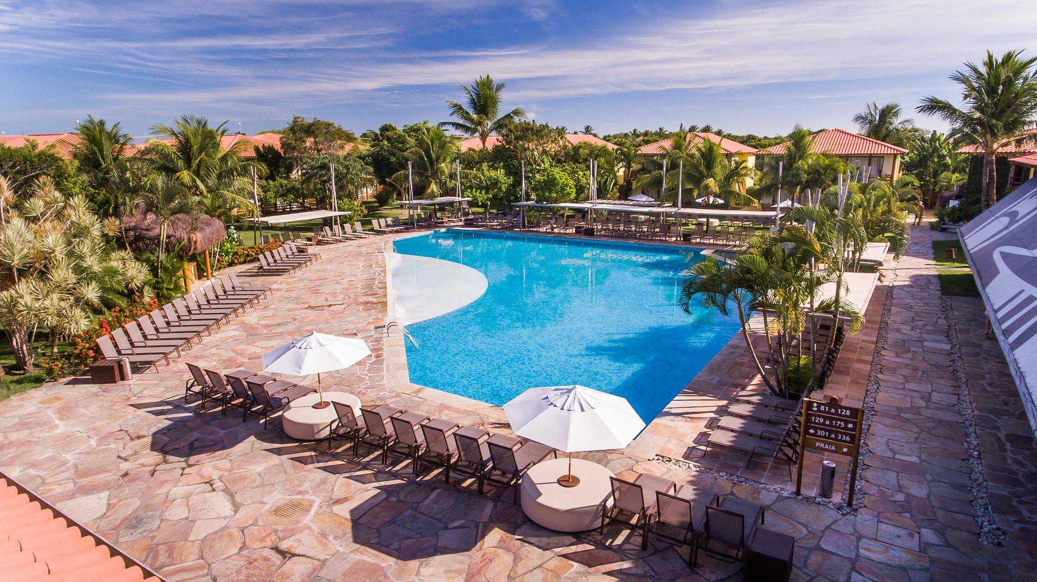 Resort All Inclusive com gratuidade para 2 crianças de até 10 anos e com diversas atrações para toda família.