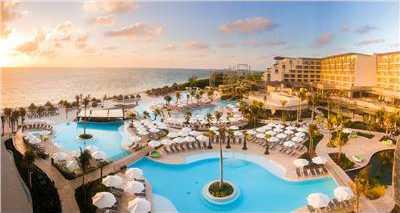 All-suite resort